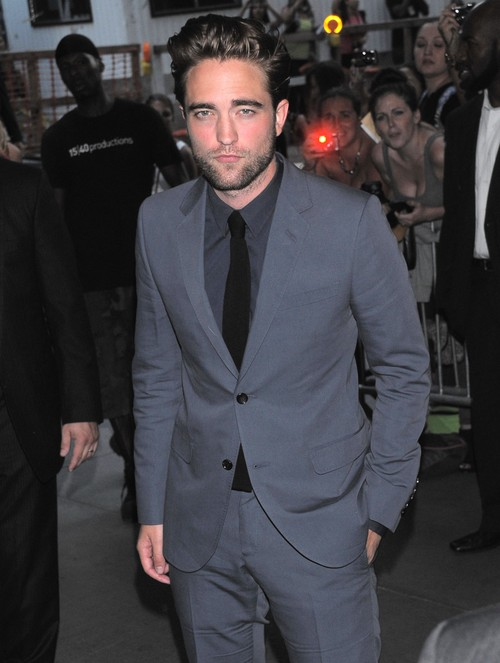 Robert Pattinson ucieknie z Hollywood?