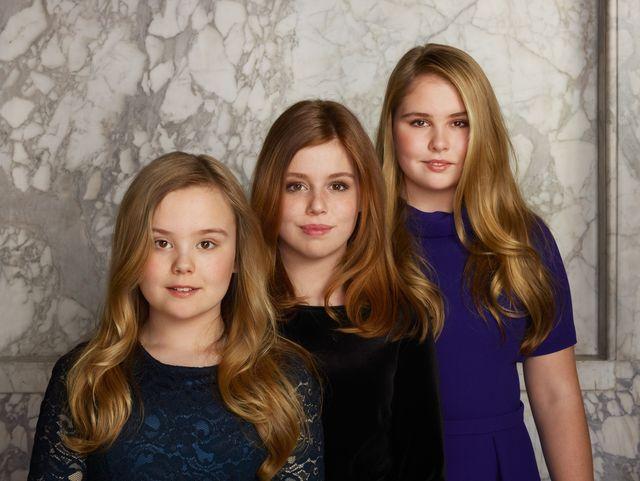 Trzy belgijskie księżniczki: Amalia, Ariane i Alexia na oficjalnych zdjęciach ro