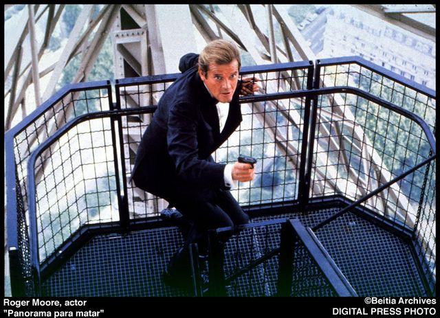 Roger Moore, znany z roli Jamesa Bonda, nie żyje