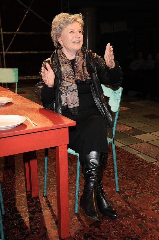 Polska aktorka pokazuje nogi (FOTO)