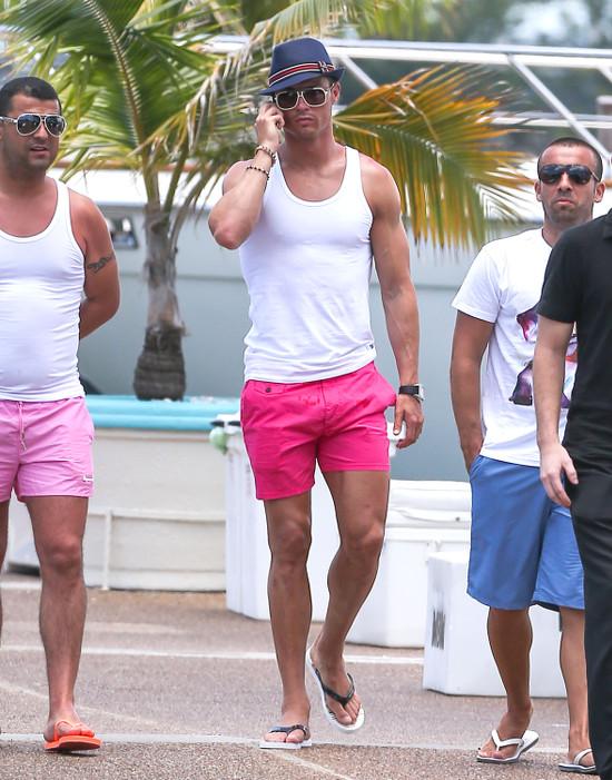 Dzi�ki Rihannie powr�ci�y plotki, �e Ronaldo jest gejem
