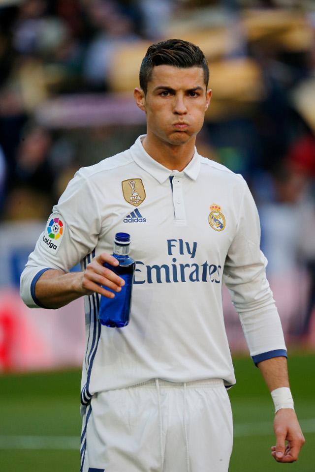 Cristiano Ronaldo ZDRADZIŁ ciężarną Georginę Rodriguez?