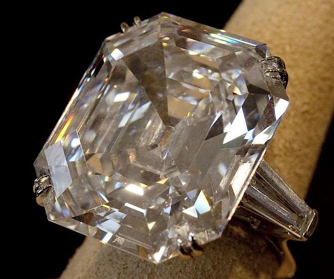 Wiktoria Grycan chwali się pierścionkiem z brylantem (?)