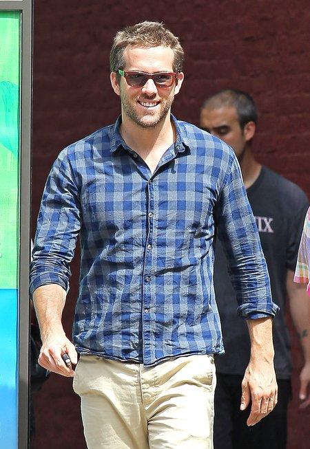 Ryan Reynolds sam w Nowym Jorku (FOTO)