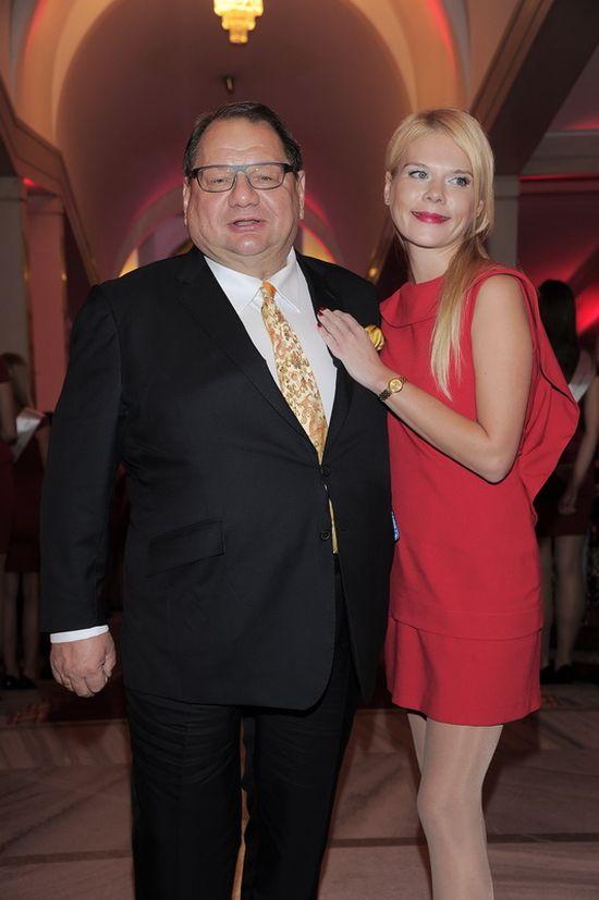 Ryszard Kalisz zabrał żonę na salony! (FOTO)