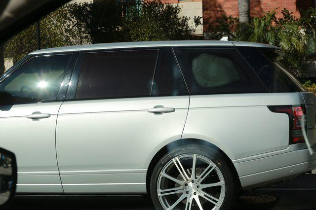 Kim Kardashian opuściła szpital (FOTO)