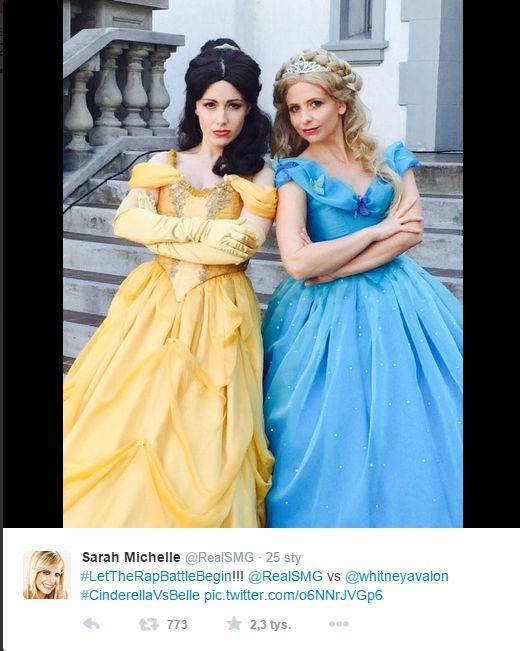 Postanowiła pokazać, że księżniczki też siadają na klozecie