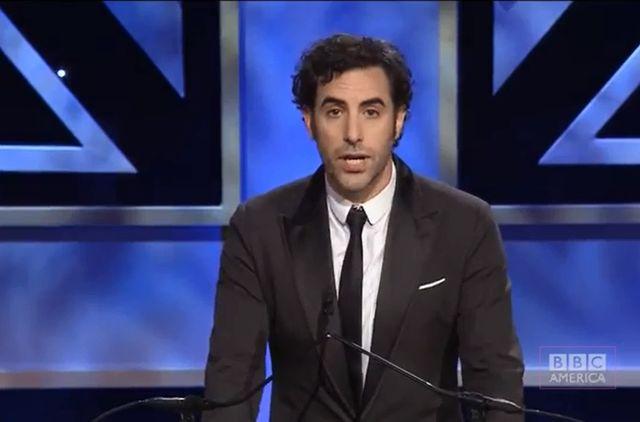Sacha Baron Cohen zabił saruszkę! (VIDEO)