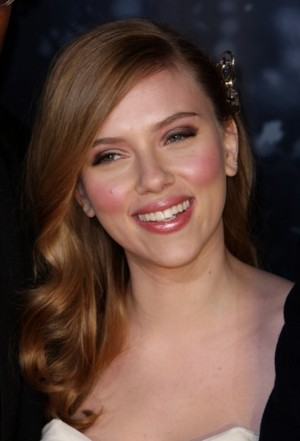 Scarlett Johansson śpiewa (VIDEO)