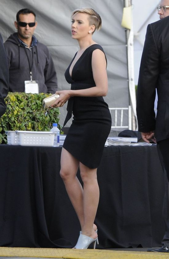 Scarlett Johansson musiała bardzo tęsknić za show-biznesem