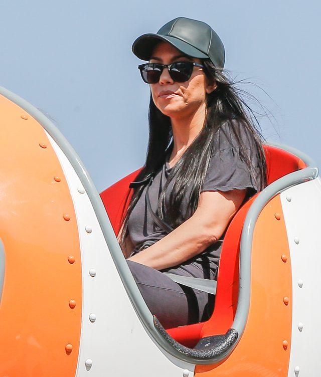 Kourtney Kardashian nakryła Scota w ŁÓŻKU z KENDALL!