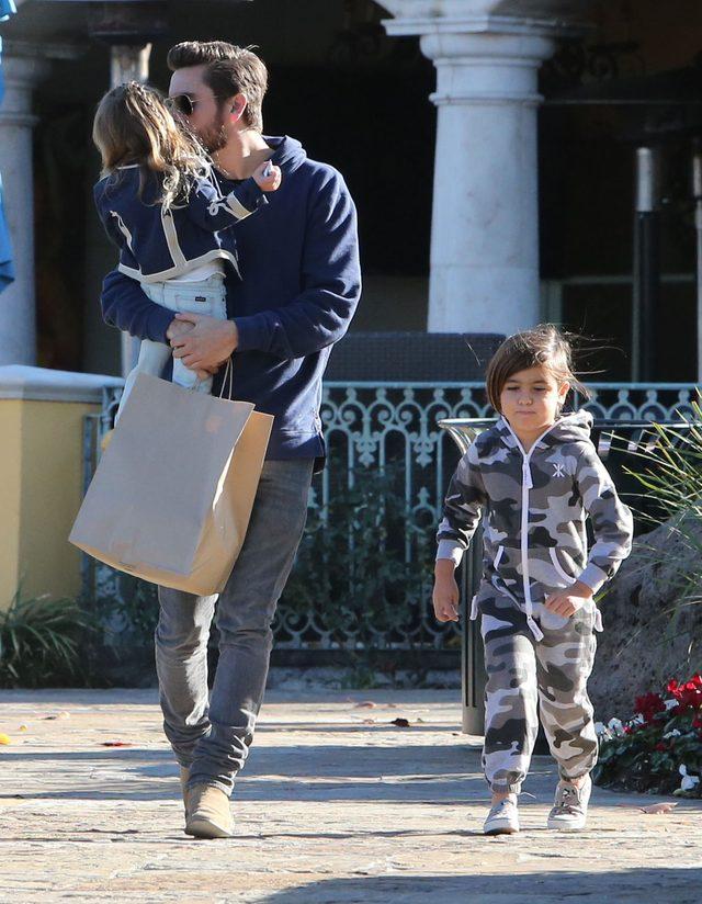 Scott Disick jako przykładny tata (FOTO)