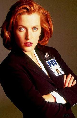 Pamela Anderson miała być agentką Scully