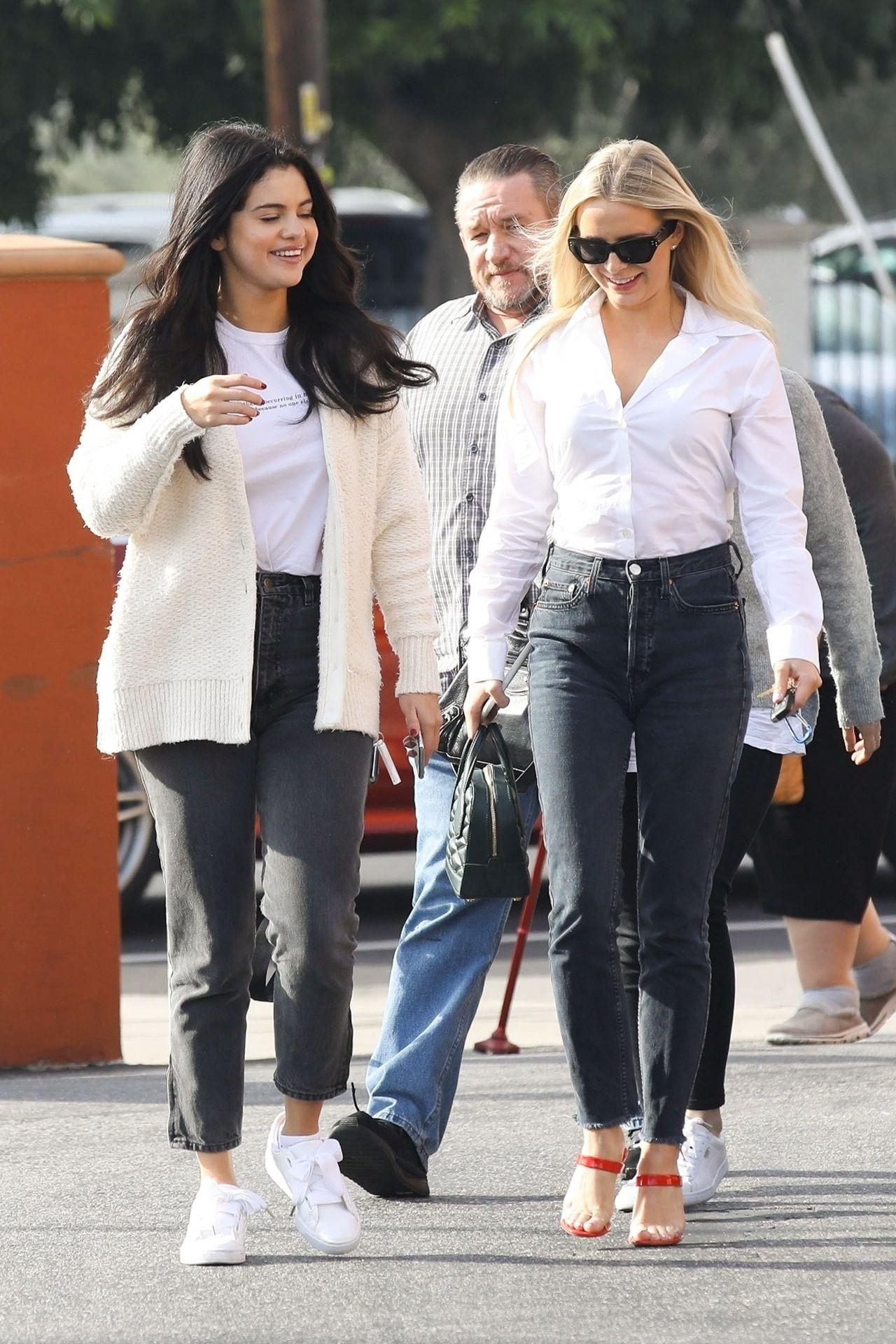 Tak Selena Gomez spędzała święta - poradziła sobie z depresją? (ZDJĘCIA)