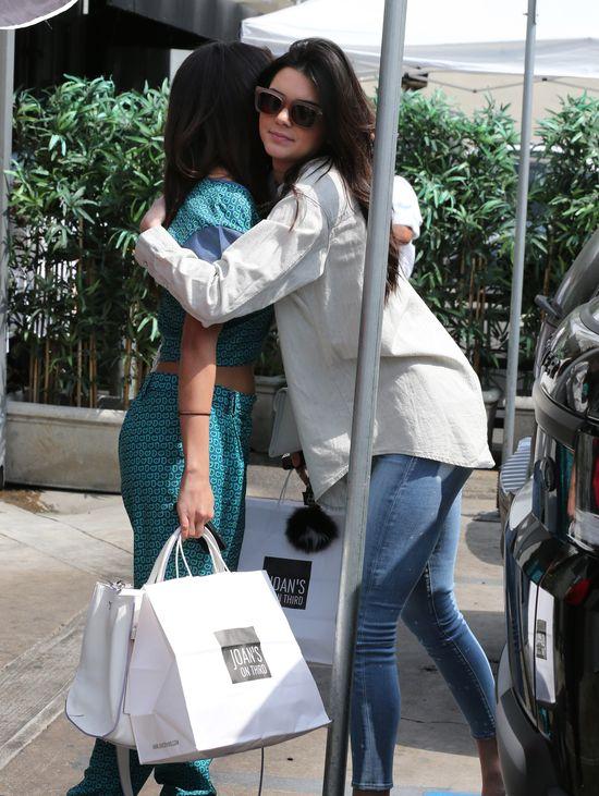 Brutalna prawda o ko�cu przyja�ni Seleny Gomez i Jennerek