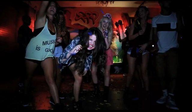 U Seleny Gomez na urodzinach (VIDEO)