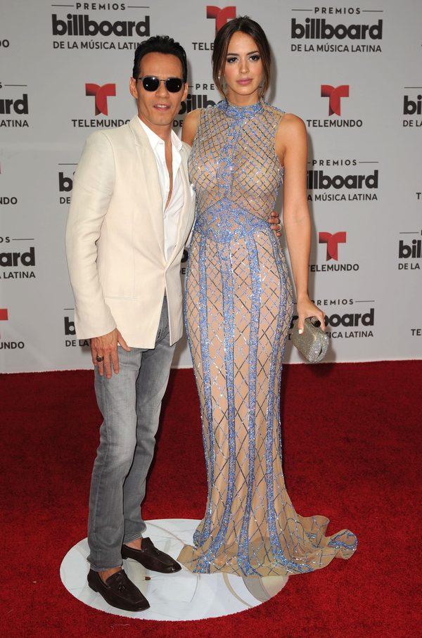 Były mąż Jennifer Lopez wpatrzony w piękną żonę jak w obrazek