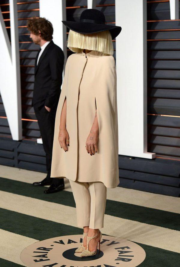 Sia wybrała nietypowy strój na pooscarowe party (FOTO)
