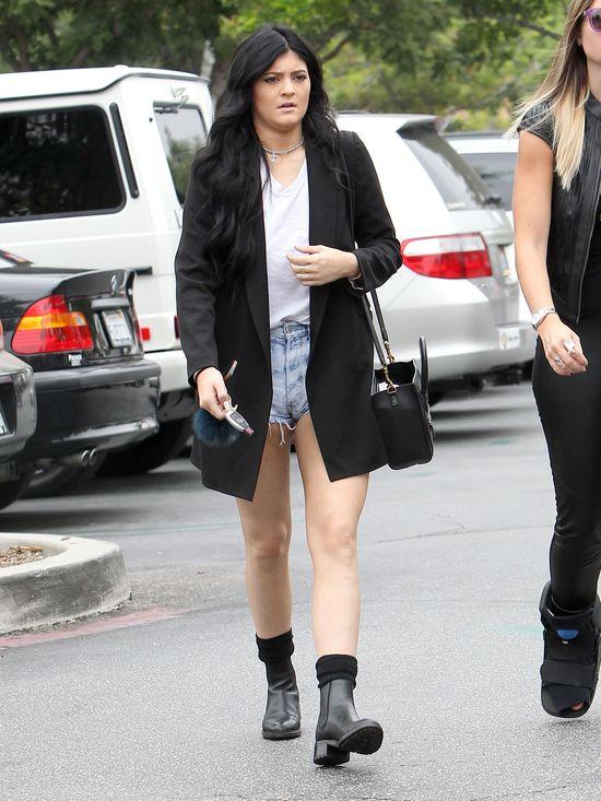 Kylie czy Kendall Jenner, która lepiej wygląda? (FOTO)
