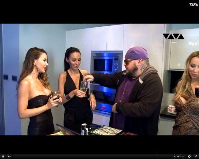 Zobaczcie fragmenty 1. odc. reality show Natalii Siwiec!