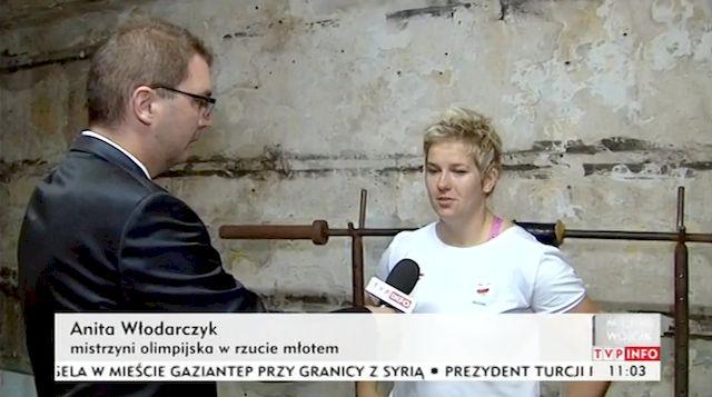 Anita W�odarczyk �wiczy w KOSZMARNYCH warunkach! (VIDEO)