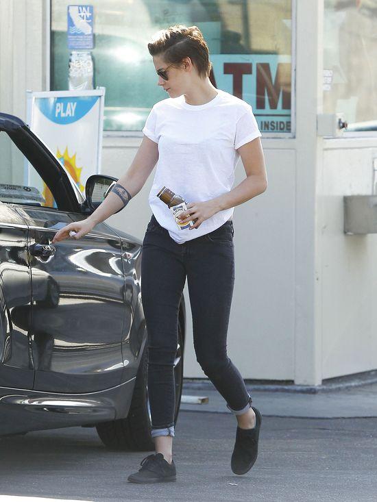 W�osy Kristen Stewart coraz kr�tsze (FOTO)