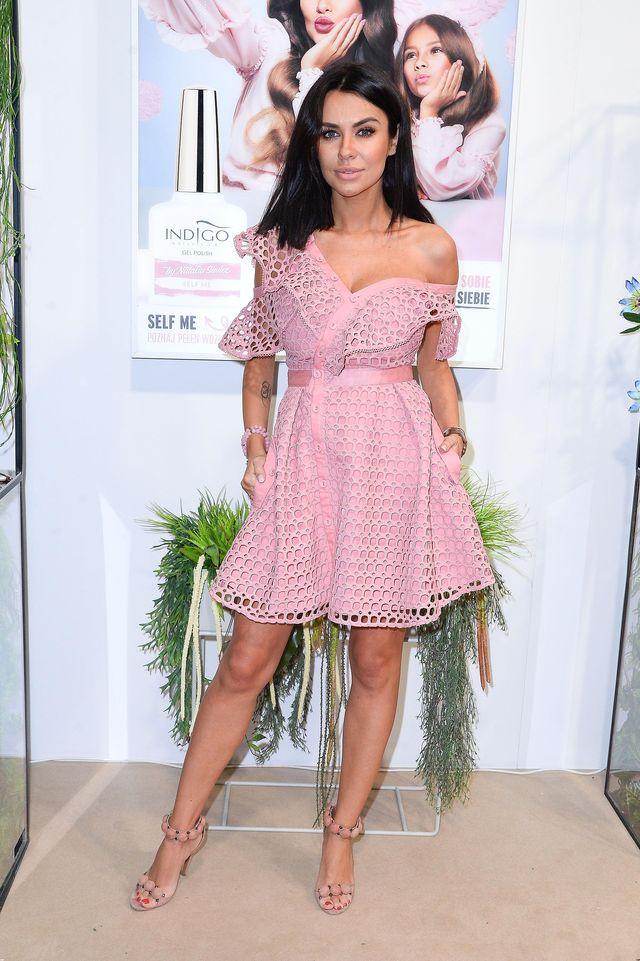 Khloe Kardashian w sukience Siwiec, Rozenek i Ciupy (ZDJĘCIA)