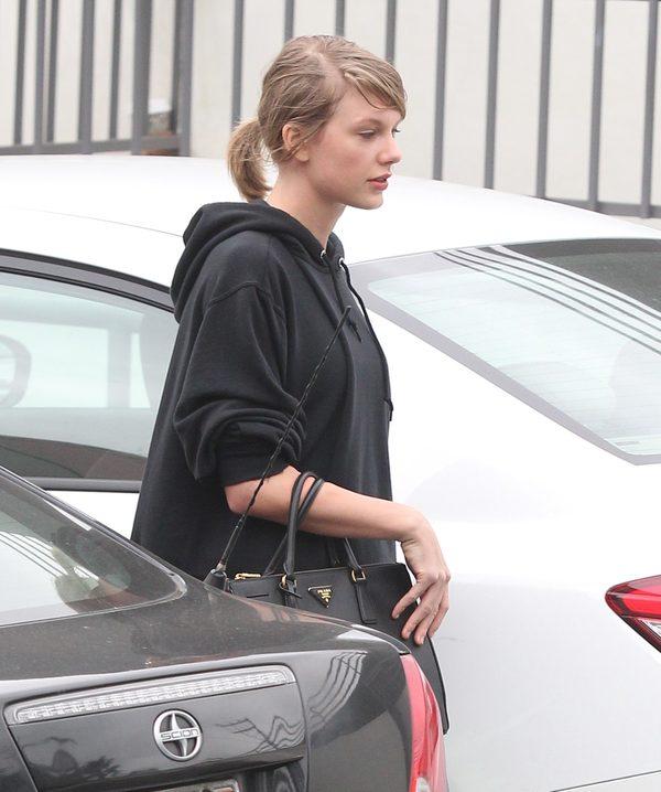 Ochroniarz Taylor Swift bezapelacyjnie GWIAZDĄ sieci (INS)