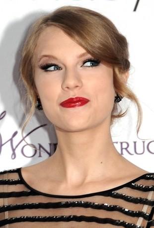 Taylor Swift i bez makijażu wygląda fantastycznie (FOTO)