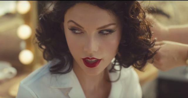 Taylor Swift ma gust! Kogo całuje w nowym klipie? (VIDEO)