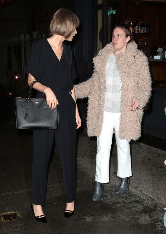 Lena Dunham i Taylor Swift niczym pi�kna i bestia?