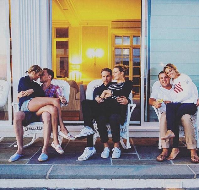 To zdjęcie Taylor, Toma, Blake i Ryana przejdzie do historii! (FOTO)