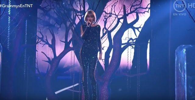 Taylor Swift swoim występem powaliła publikę na kolana!