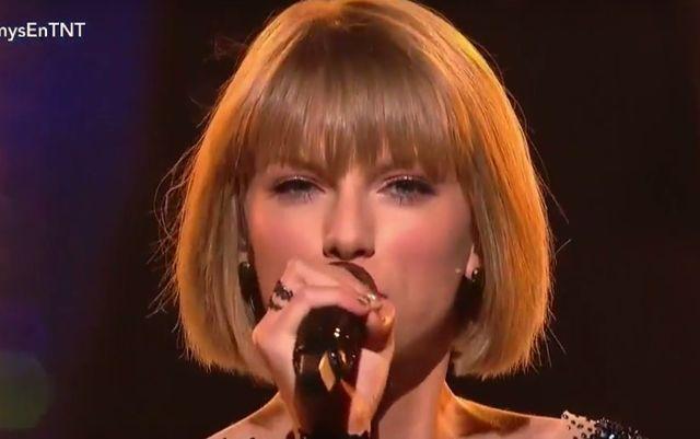 Taylor Swift swoim wyst�pem powali�a publik� na kolana!