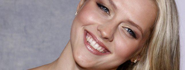 Scarlett Johansson bis? (FOTO)