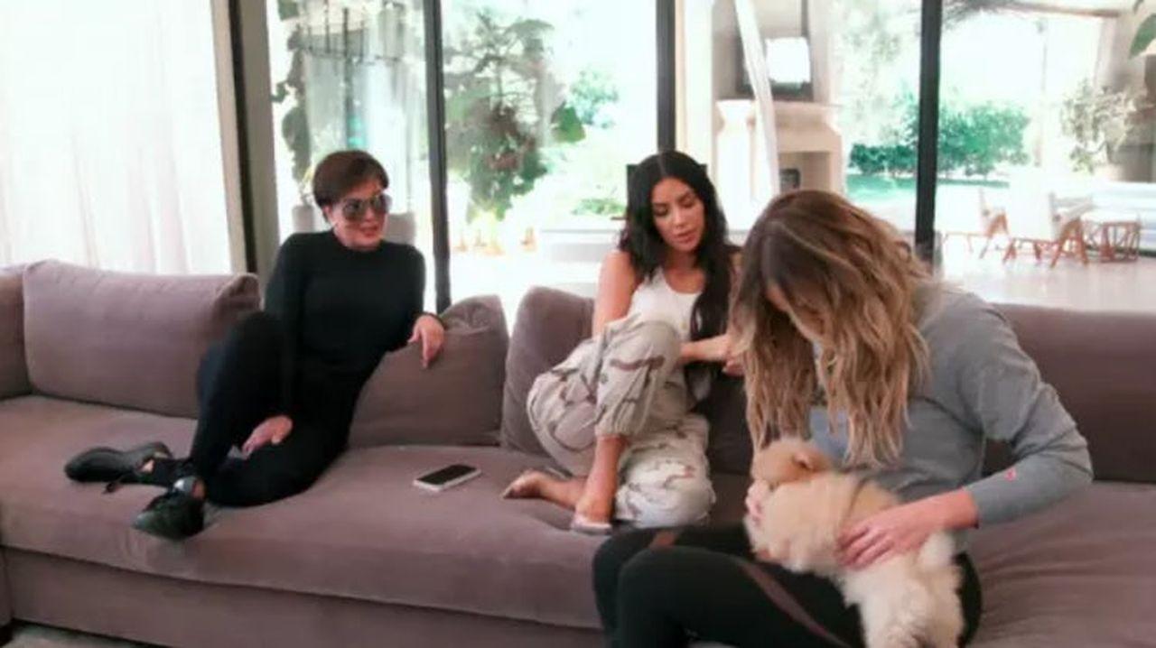 Kardashianki mają pewien bardzo DZIWNY nawyk