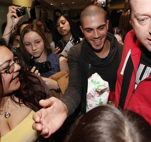 Fanki szaleją na widok chłopców z The Wanted (FOTO)