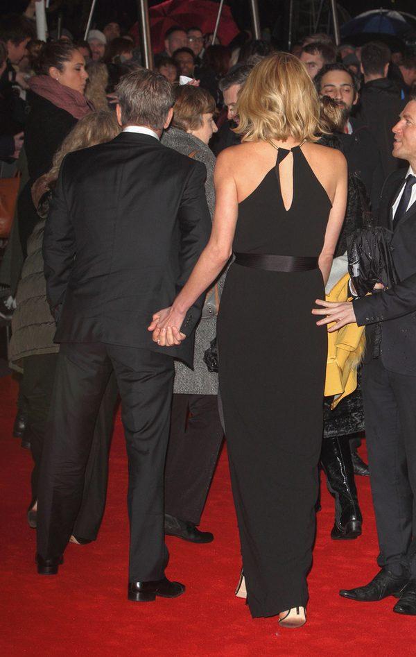 Charlize Theron z narzeczonym (?) jak dwa gołąbki (FOTO)