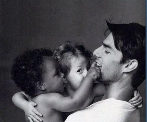 Tom Cruise z adoptowanymi dziećmi (FOTO)