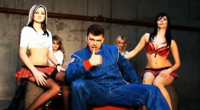 Tomasz Niecik – Dziewczyna z Facebooka – będzie hit netu?