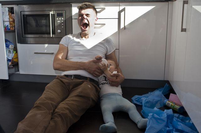 Tomasz Niecik z synem w domowym zaciszu (FOTO)