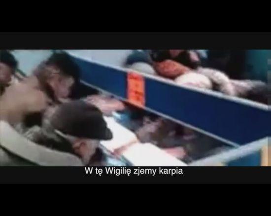HIT! Brad Pitt poluje na pang� w polskim supermarkecie VIDEO