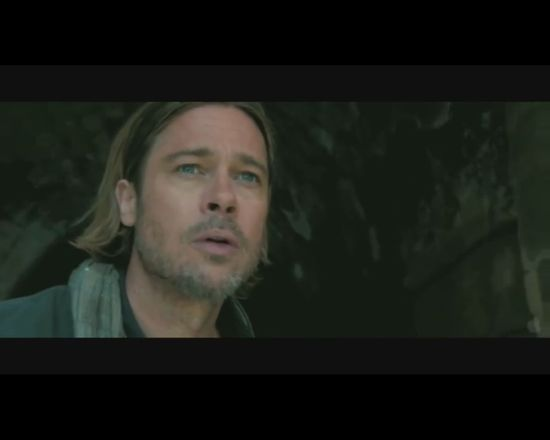 HIT! Brad Pitt poluje na pangę w polskim supermarkecie VIDEO