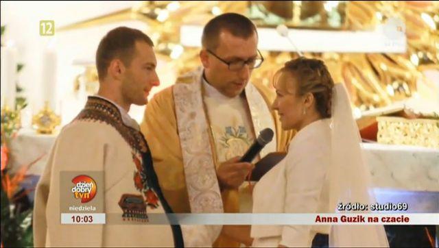 Mąż Anny Guzik jej nie ufa?