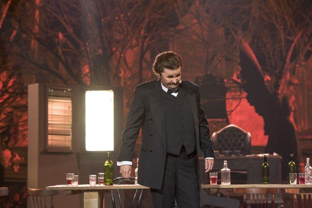 Anna Guzik jako Krzysztof Krawczyk w Twoja Twarz Brzmi Znajomo (VIDEO)