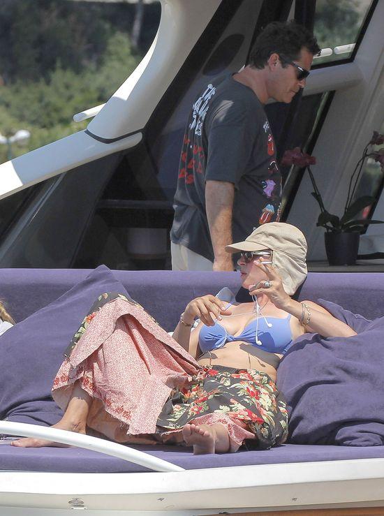 Uma Thurman na wakacjach (FOTO)
