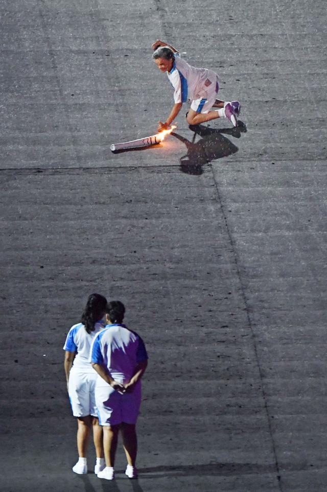 Te poruszające zdjęcia z parolimpiady obiegły cały świat (FOTO)