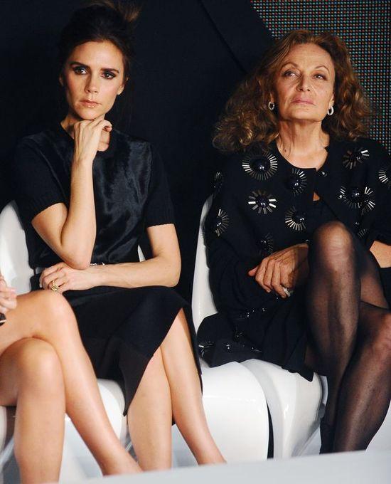 Victoria Beckham obok słynnych projektantek (FOTO)
