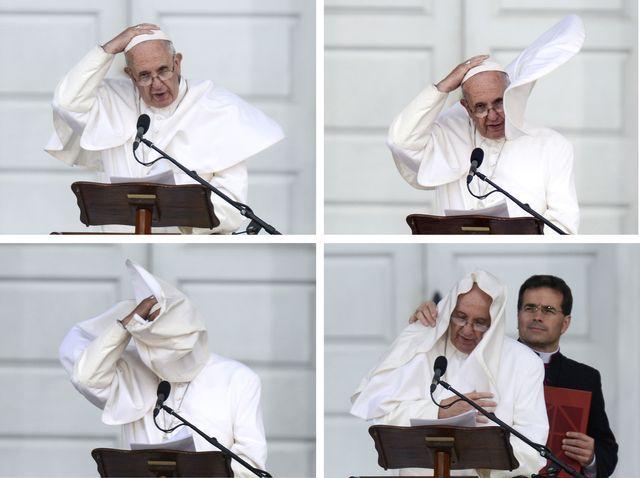 Papież Franciszek upadł na mszy! (VIDEO)