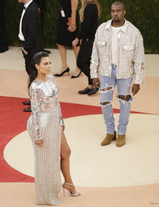 Kanye zwolnił swojego ochroniarza bo... rozmawiał z Kim!